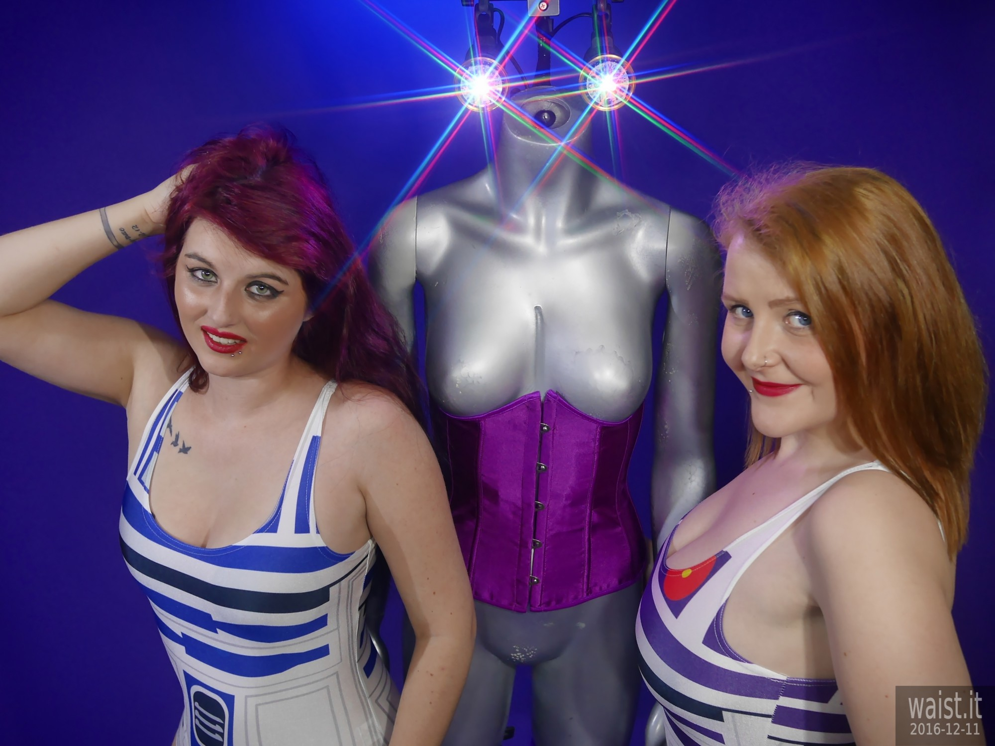 2019-12-11 Miss Danni Lou and her friend Char in R2D2 swimsuits