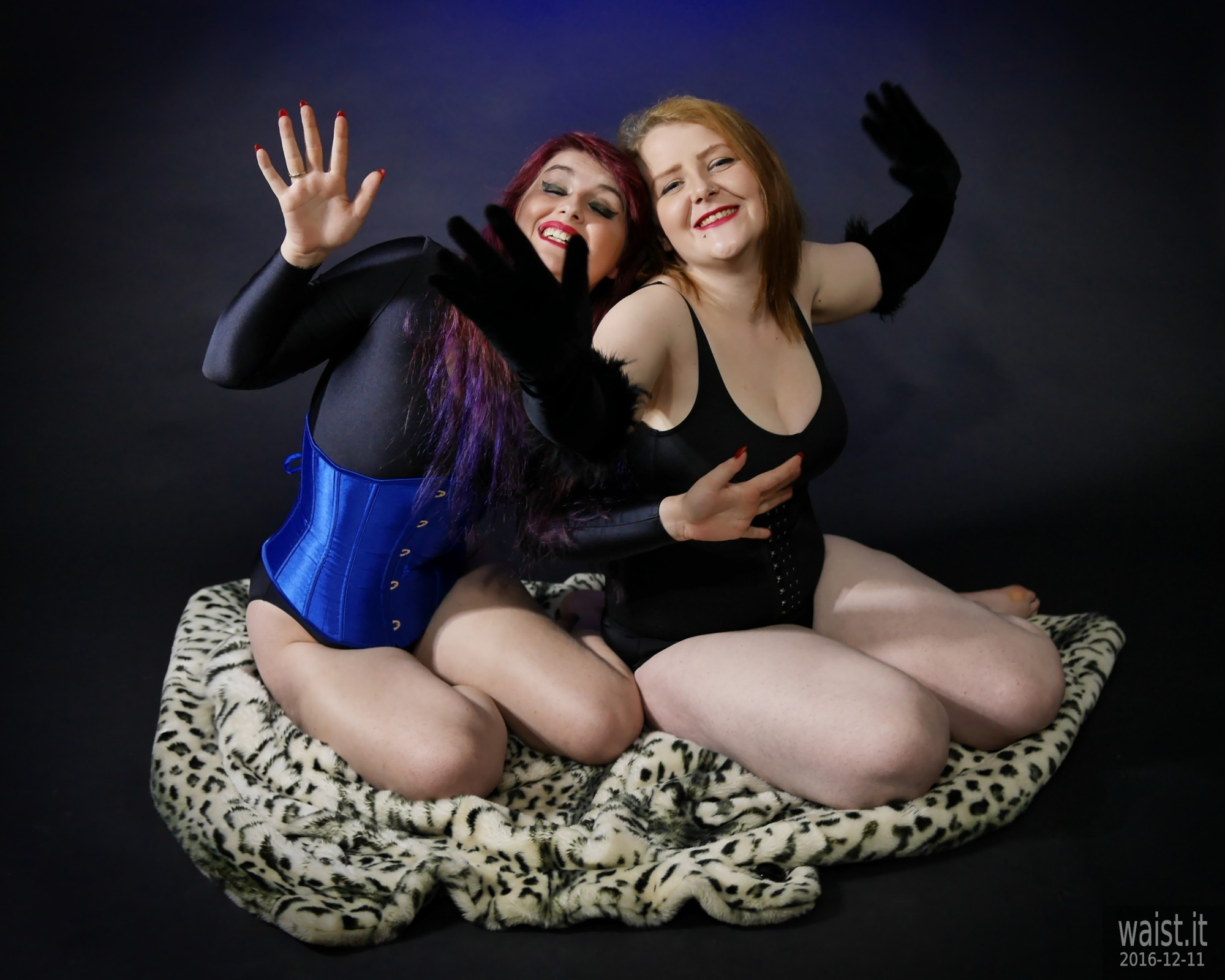 2019-12-11 Miss Danni Lou and her friend Char in corsets