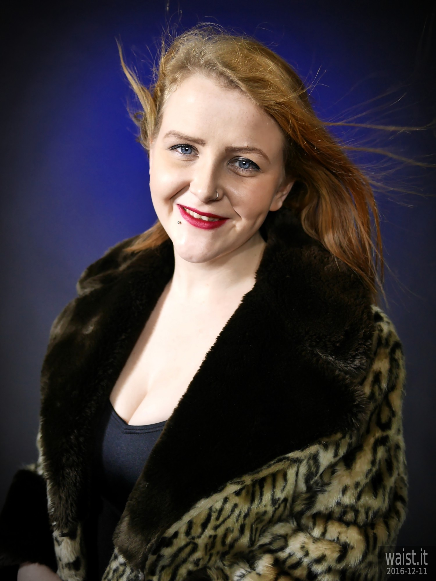 2019-12-11 Char portrait, wearing fur coat