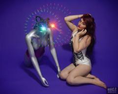 2016-12-11 Miss Danni Lou in R2D2 swimsuit, with LED-lit broken mannequin