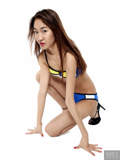 2017-01-28 Salina Pun, from her fitness set, in Chinese bkini - chosen by model