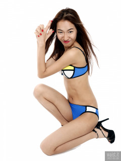 2017-01-28 Salina Pun in Chinese neoprene multicoloured bikini
