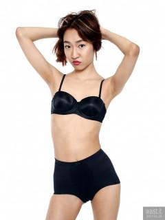 2017-01-28 Salina Pun black bra and vintage style girdle