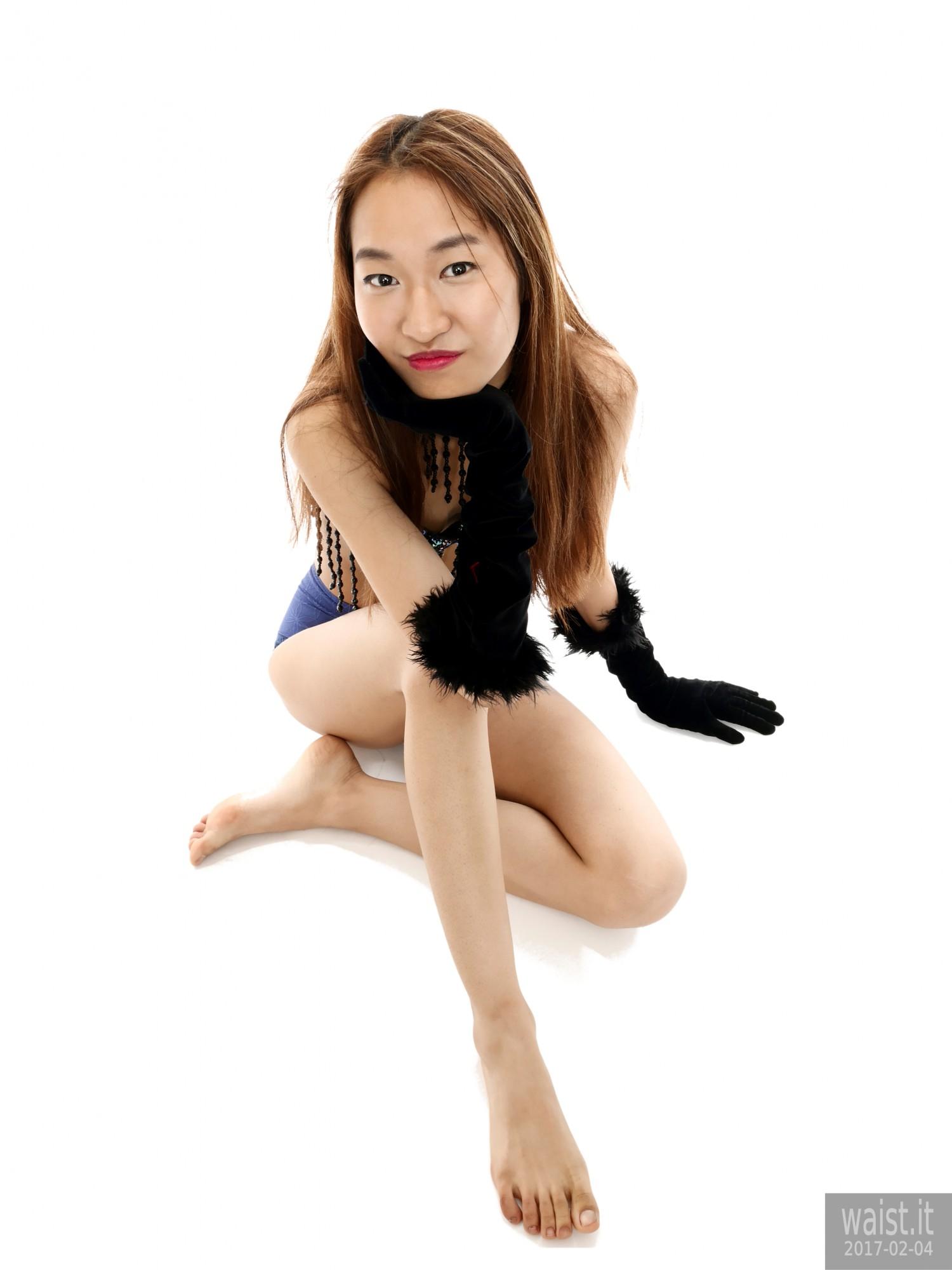 2017-02-04 Salina Pun blue jewelled dance top and lycra briefs - chosen by model