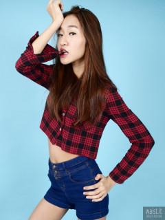 2017-02-04 Salina Pun checked shirt and denim shorts