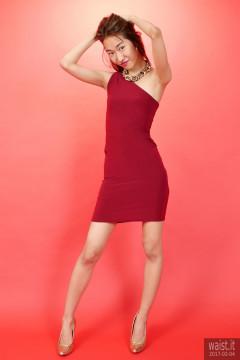 2017-02-04 Salina Pun in little maroon dress - chosen by model