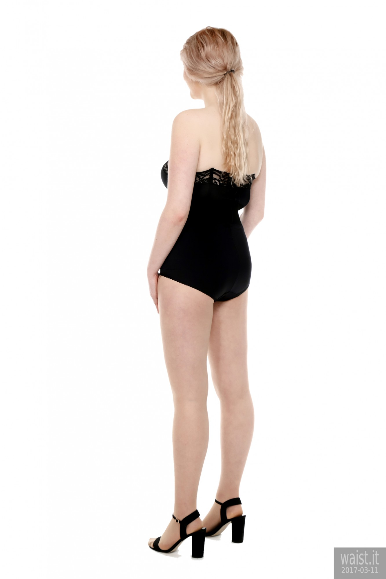 2017-03-11 LilyAmber black bra and style 210 pantie girdle plus black elastic belt