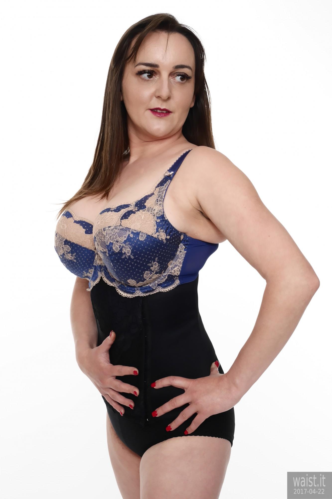 2017-04-22 Patsy bra and girdle