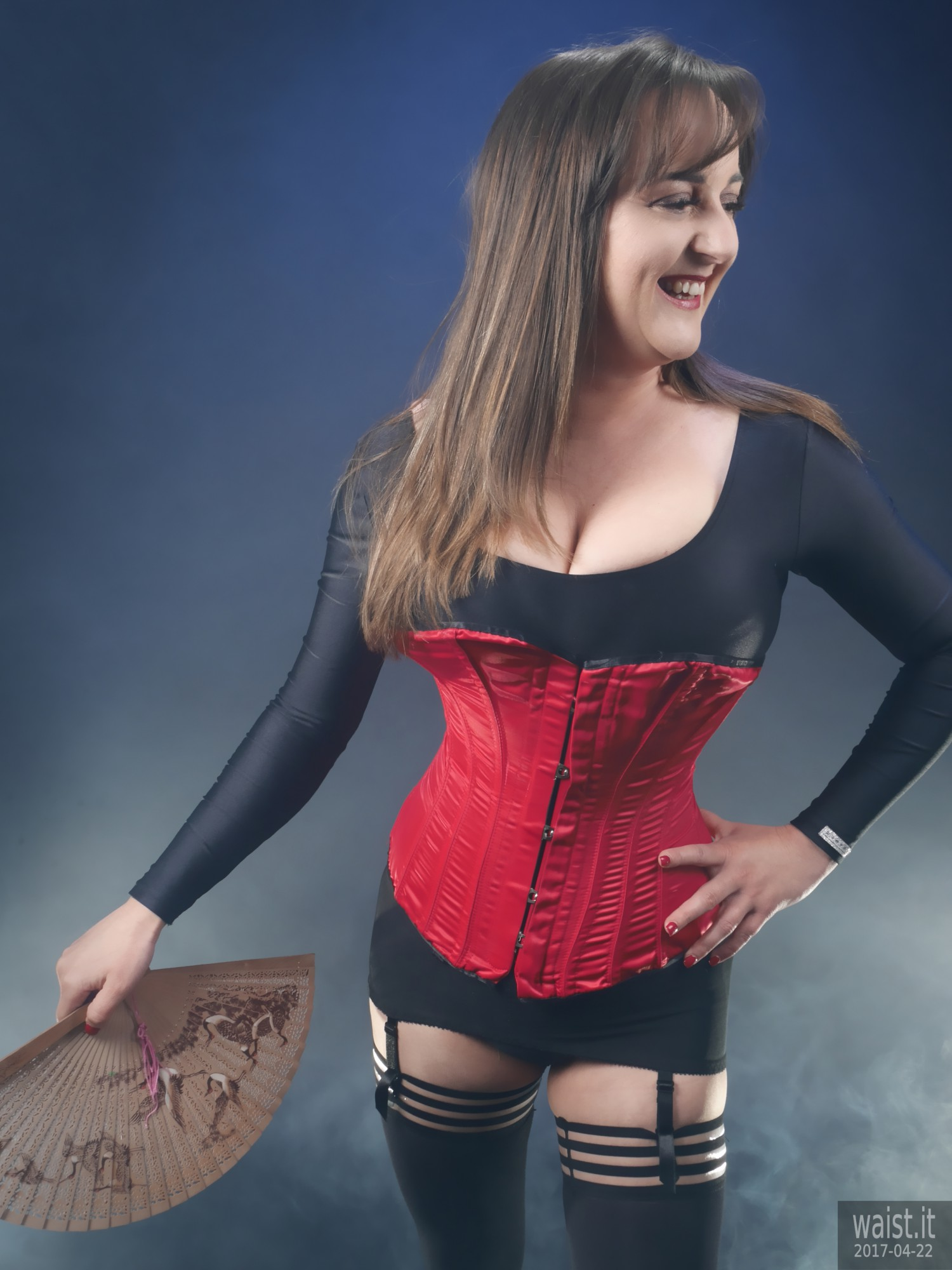 2017-04-22 Patsy red Vollers Corset