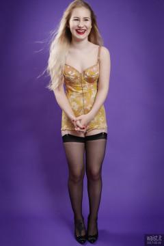 2017-05-19 Laura Sele yellow 1960s Berlei flowerpower pantie corselette