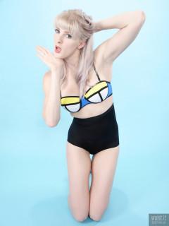 2017-06-10 Dayna Nirvana in multi coloured neoprene bikini top and black lycra high-waisted control briefs, worn as hot pants