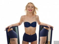 2017-08-15 Jade-Lauren blue bra and pantie girdle, mirror shot