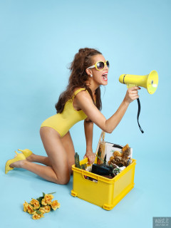 2017-08-19 Natty Badger yellow one piece swimsuit and matching accessories