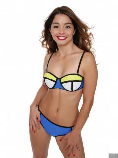2017-09-03 Paula Soares in multicoloured neoprene bikini