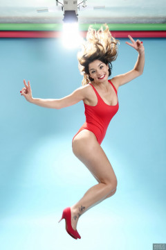 2017-09-03 Paula Soares in red baywatch one-piece swimsuit, jumping for joy