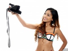 2017-09-18 Faranas in neoprene bikini with Polaroid Land camera