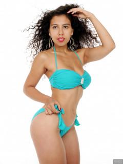 2017-09-23 Stephy in her own blue bikini
