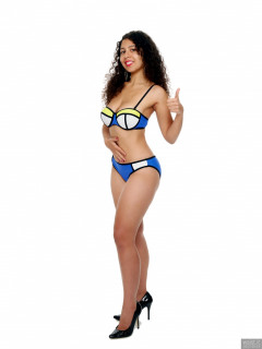 2017-09-23 Stephy in multi-coloured neoprene bikini