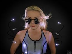 2017-09-30 Jade Lauren lit by LED Kensington Flylight