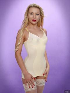 2017-09-30 Jade Lauren in vintage corselette