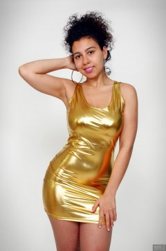2017-11-26 Stephy Samer - in gold-metallic nylon-lycra bodycon dress - shaped by underneath by high-waist, firm-control pantie girdle