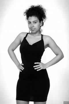2017-11-26 Stephy Samer - in black nylon-lycra bodycon dress - shaped by underneath by high-waist, firm-control pantie girdle
