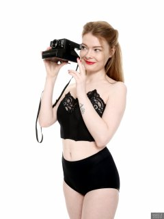 2018-02-03 Amy in black bra and black high-waist control briefs worn as hotpants