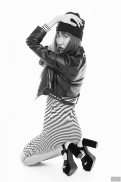 2018-02-24 Salina Pun fin black and white striped dress