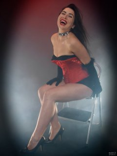 2018-06-15 Tatjana Bastet in tightly laced red vollers overbust corset, and black style 210 pantie girdle worn as hotpants