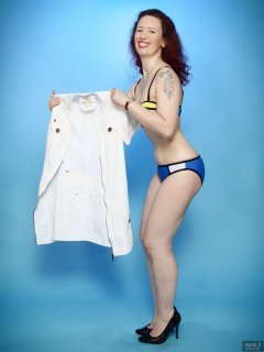 2018-07-07 Chiara in blue-multi-coloured neoprene bikini