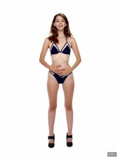 2018-07-25 Twinklenose, in bikini