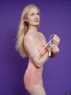 2018-09-01 Christina Elsom - in pink vintage pantie-corselette