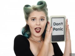 "2018-11-04 Sophie Pixie with Kindle: ""Don't Panic"""