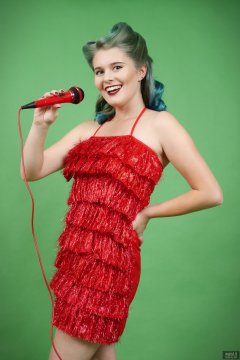 2018-11-04 Sophie Pixie in red tinsel dress