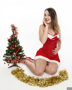 2018-11-17 Madame Cerise Christmas Shoot