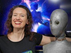 2019-03-30 Chiara corsets and sci-fi