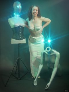 2019-03-30 Chiara in her own costume, posing for some special effects