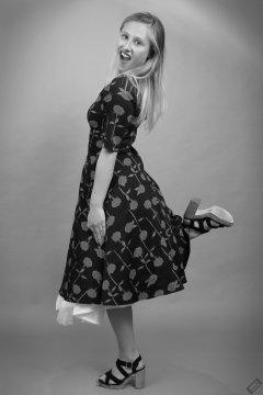 2019-05-04 Fabiene in her own 50's style dress