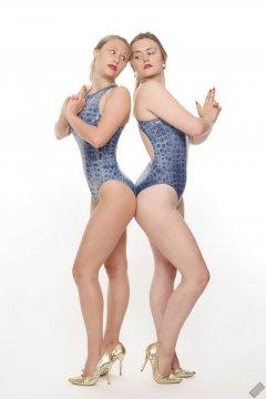2019-05-04 Fabiene and CloEliza in 1980's blue crocskin one-piece swimsuits