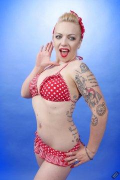 2019-05-25 KL Modelling - in red and white polka-dot bikini
