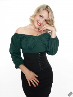 2019-09-07 VZ-Retro - in her own green top and tight black pencil skirt and waist-trainer corset