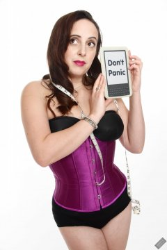 2020-01-04 Alex Allure modelling tightly-laced purple underbust corset