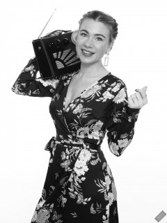2020-01-18 Danni Moss in her own vintage-style dress