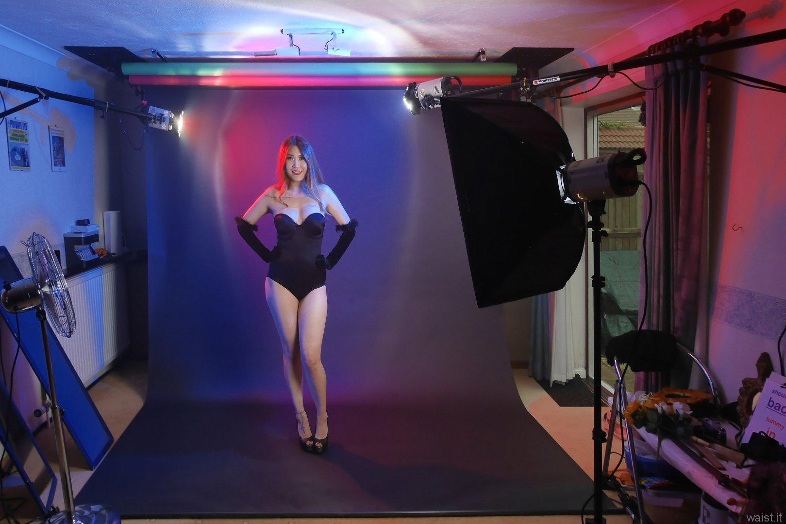 2015-08-03 Laura Toy black Miraclesuit, studio long-shot