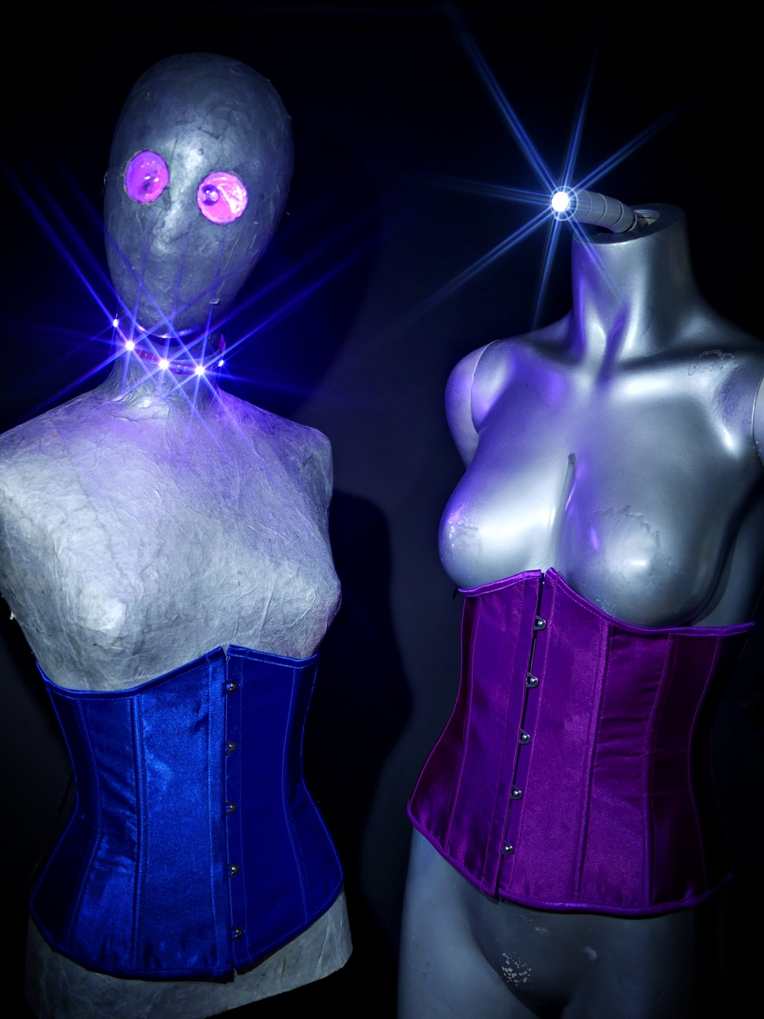 """LED lighting demo. 20161105-Manequins - better known as """"The Aliens"""""""
