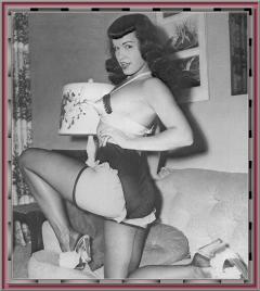 Bettie Page Camera Club 032