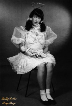 Bettie Page angel