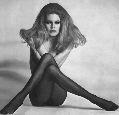 influences: Brigitte Bardot In tights with Long Hair