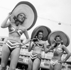 Girls in bikinis late 1940s