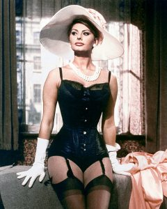 Sophia Loren hat and tight corset
